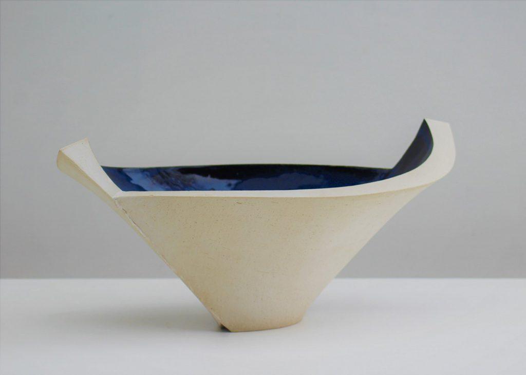 Nele Zander - offenes Gefäß oder Schale - schwarzblau